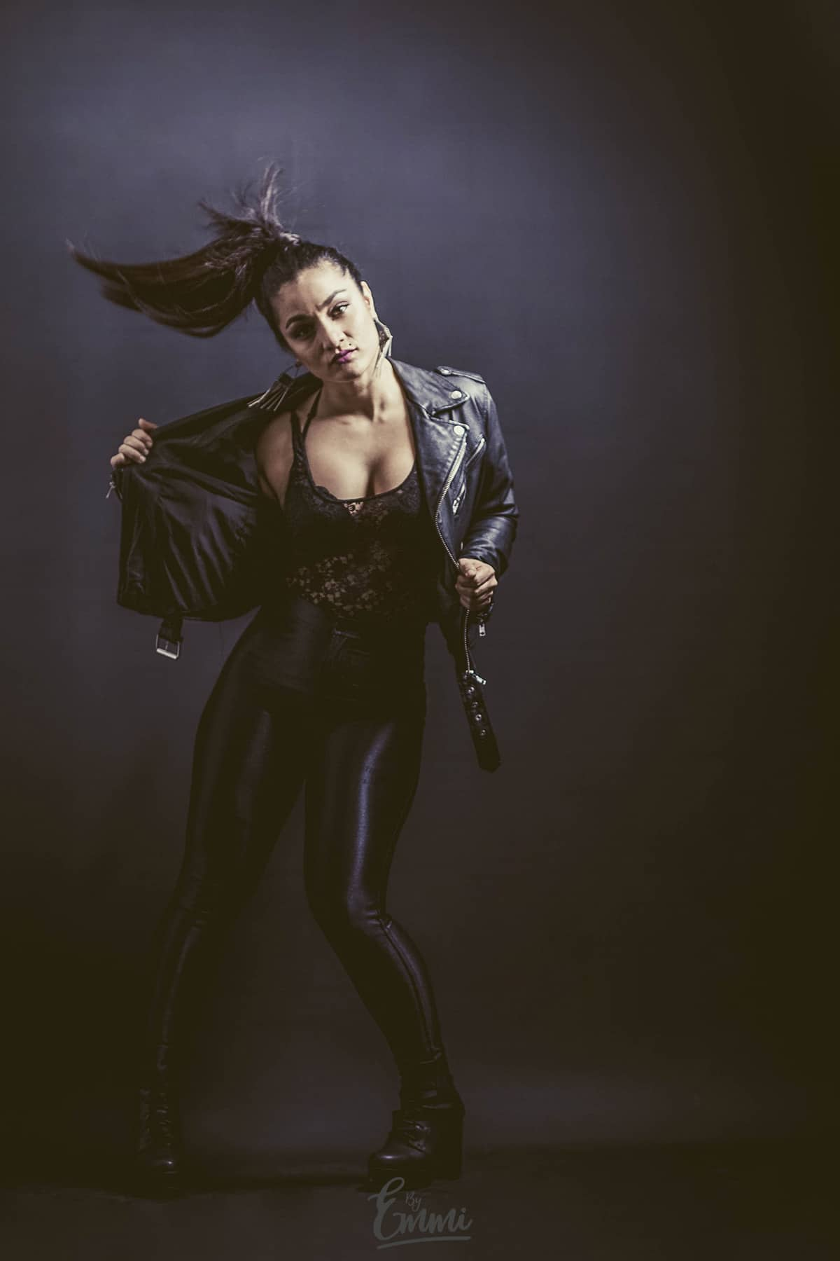 Tanssija-koreografi Sanaz Hassani